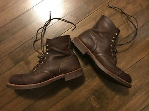 Red Wing Iron Ranger 8111 size 7 boot