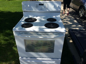 Kenmore convection self clean stove.
