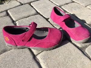 Souliers fille pointure 1