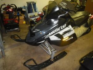 2009 Arctic cat  z1 turbo LXR (parting out)