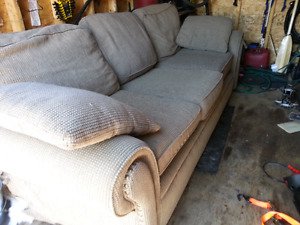 Free couch /sofa