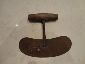 Vintage 1930's Wood Handle Pastry Cutter Rocker Chopper