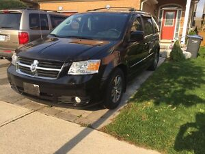 2010 Grand Caravan SXT(Safety&E-Test)Fully Loaded