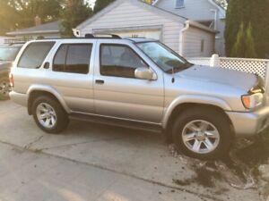 Awesome low mileage 2003 Pathfinder