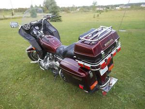 1982  Goldwing, Excellent condition New Price