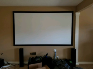 """High End Epson 3D 1080P Projector & 120"""" Screen"""