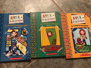 Livres jeunesse à 2.50$ chaque (Voir photos pour plus de détail)