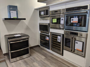 Electric, Gas, Stoves *Brand New, Open Boxes, Scratch and Dents*