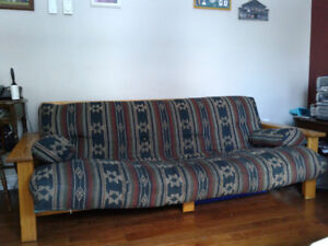 Solid wood Futon must pick up east