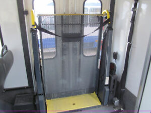 Wheelchair Lift Ricon K5505 Tail Gate Élévateur Rampe d'accès