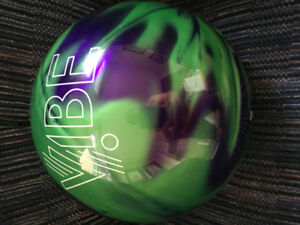 Hammer Grape Vibe 14 Ib brand new never drilled bowling ball