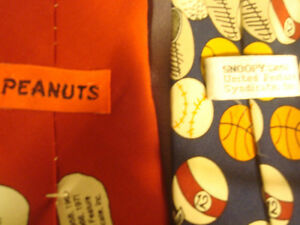 4 Novelty Ties - Charlie Brown and The Gang - one with Tag Peterborough Peterborough Area image 5