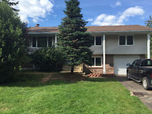 69 Berkley RIVERVIEW 4 BEDROOMS - Beside Moncton Golf and Countr