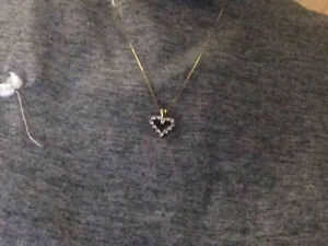Diamond heart charm with necklace both 10ct gold.