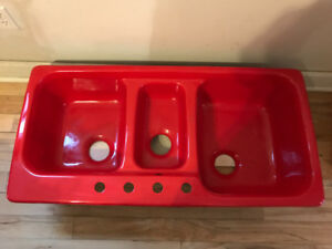 Red cast iron sink