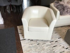 Brand new Wilmore Faux Leather Swivel Barrel Chair