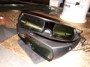 3D glasses for PS3 2 pairs