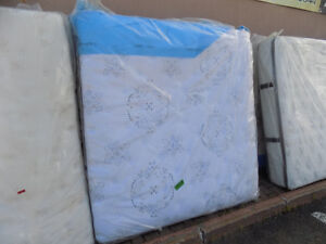 Mattress SALE Single/Queen/King ALL TAX IN.Call 727-5344