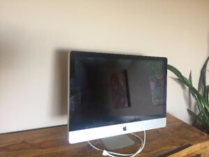 """iMac 27"""" Late 2009  Core i5 2.66GHz - Excellent Condition"""