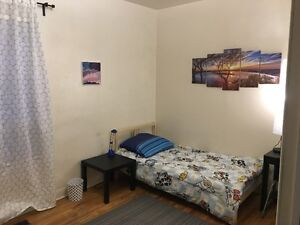 large room for a student close to Dundas West subway