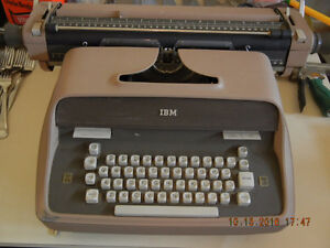 IBM Typewriter Cambridge Kitchener Area image 1