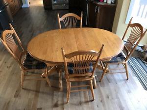 (Reduced) Oak Dinning Room Set