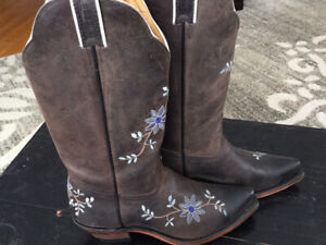 BOULET WESTERN BOOTS WOMENS