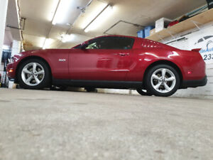 2011 Ford Mustang 5.0L GT Premium Coupe 59,588KM