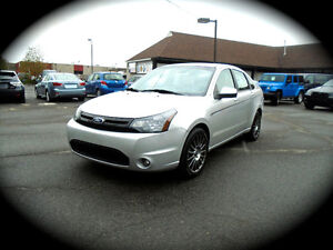2011 Ford Focus  SES, AUTO, LEATHER HEATED SEATS, MOONROOF