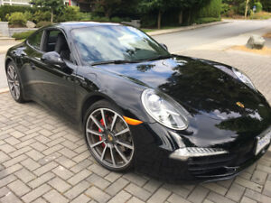 2012 Porsche 911 black Coupe (2 door)