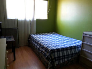 FURNISHED ROOM AVAILABLE FOR RENT TODAY@$260/W,$725/M-DOWNTOWN