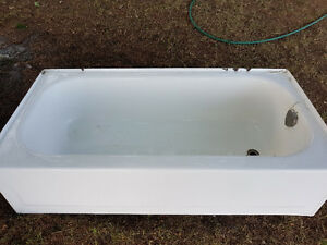 Free Cast iron bathtub