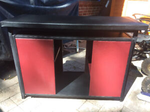 Aquarium Stand - Heavy Duty welded iron frame. Made in Canada.
