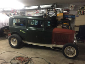 1932 FORD, All Steel Hot Rod. Pro Built