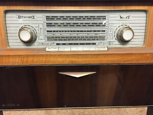 ANTIQUE FLOOR MODEL STEREO RADIOGRAM LIMONE KUBA $325