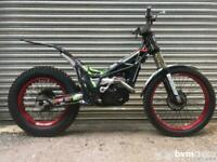 Vertigo Dougie Lampkin Replica 250 DL12 Trials Bike