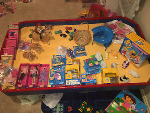DAYHOME CLOSING TOY & COLLECTIBLE SALE