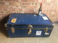 VINTAGE STORAGE TRUNK CHEST FREE DELIVERY STORAGE BOX