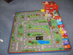 TONKA PLAY MAT AND 13 VEHICLES. Kingston Kingston Area image 4