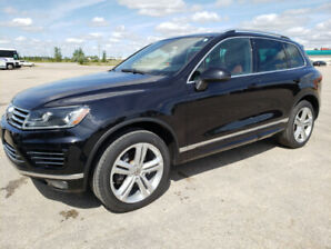 2015 VW TOUAREG HIGHLINE 3.0 TDI! R-LINE PACKAGE! WE FINANCE!