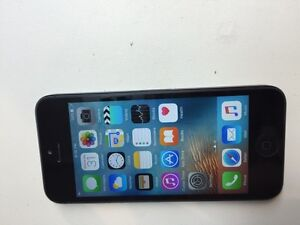 Iphone 5 black 16gb bell/virgin new condition for sale