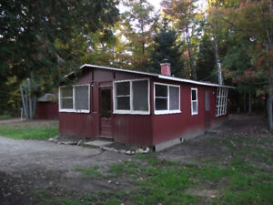 Thorne Lake Cottage For Sale- Spacious Double Lot!