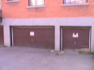 Wow! A great garage in Dorval