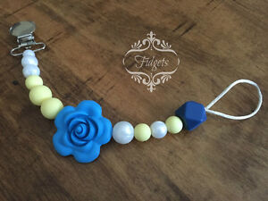 Fidgets - Silicone and wood teething necklaces toys & more Kitchener / Waterloo Kitchener Area image 1