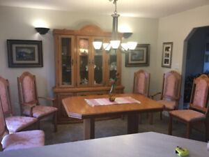 SOLID dining room SET