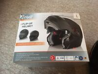 Motorcycle Helmet with Sun Visor & Cover - Large