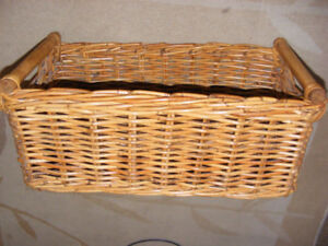 LARGE RECTANGULAR STURDY WICKER BASKET
