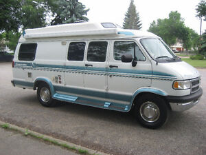 1996 Dodge Ram 3500 Pleasureway Camperized Van