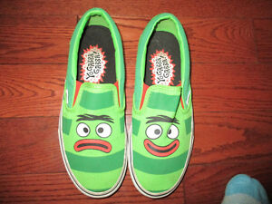 YO GABBA GABBA  shoes mens size 6   Vans