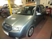 SKODA FABIA 1.4 16v AUTOMATIC COMFORT 5 DR HATCH IN SILVER GREAT CONDITION